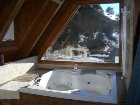 Casa de lujo en la monta a jacuzzi casa aranesa de - Alojamiento en la nieve ...
