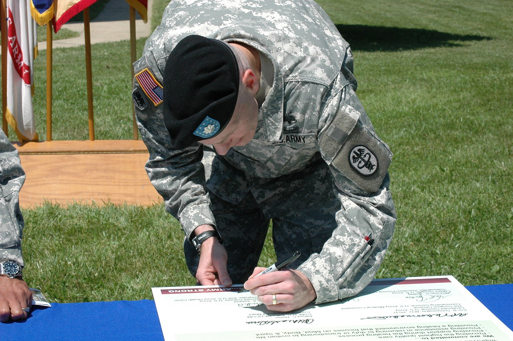 aberdeen proving ground senior dating site Via our website, wwwapg-cssccom, and keeps you in the loop on contract award  news  communications-electronics command (cecom) senior mission.