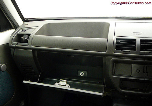 Maruti 800 dashboard cabin interior photo maruti 800 is for Interior decoration of maruti 800