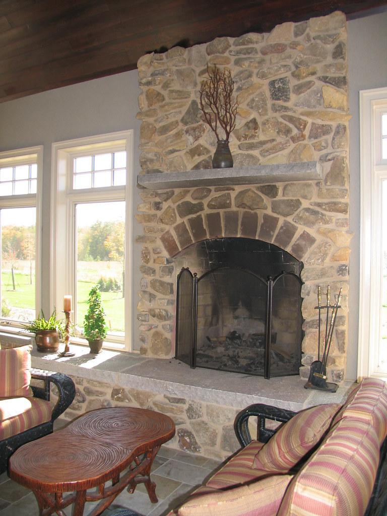 Ozark Fieldstone | This Fireplace uses Buechel Stone's ...