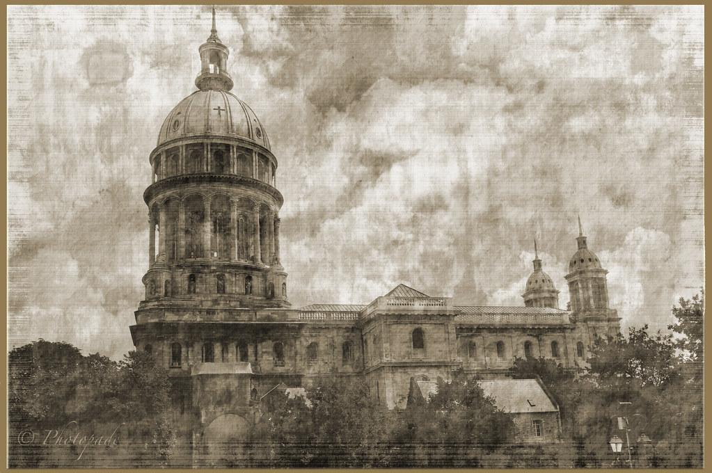 Boulogne sur mer basilique de la vieille ville de for Boulogne sur mer piscine