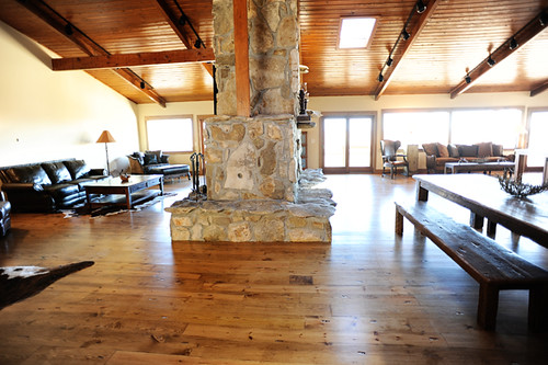 Ree 5925 1445 ree drummond flickr for What is the lodge on the pioneer woman