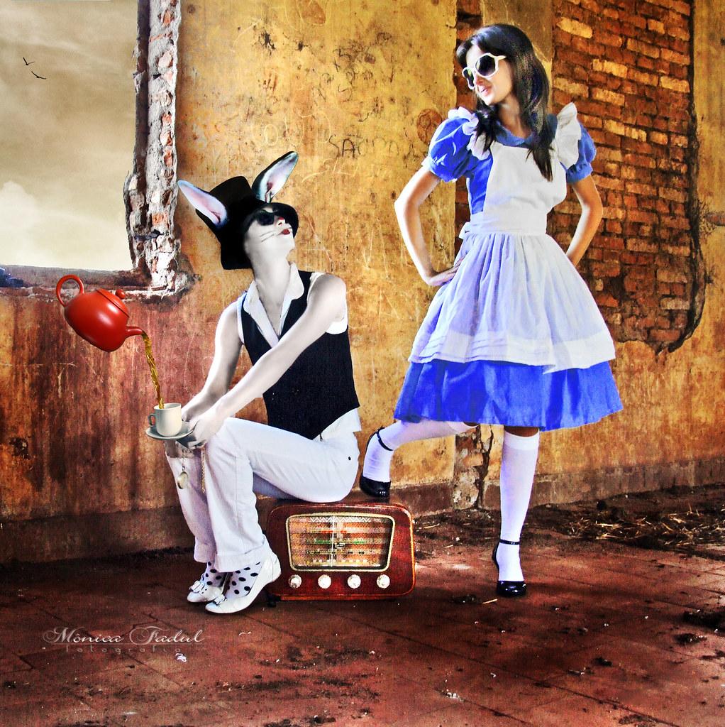 Psychedelic Alice in Wonderland Alice's Psychedelic Tea