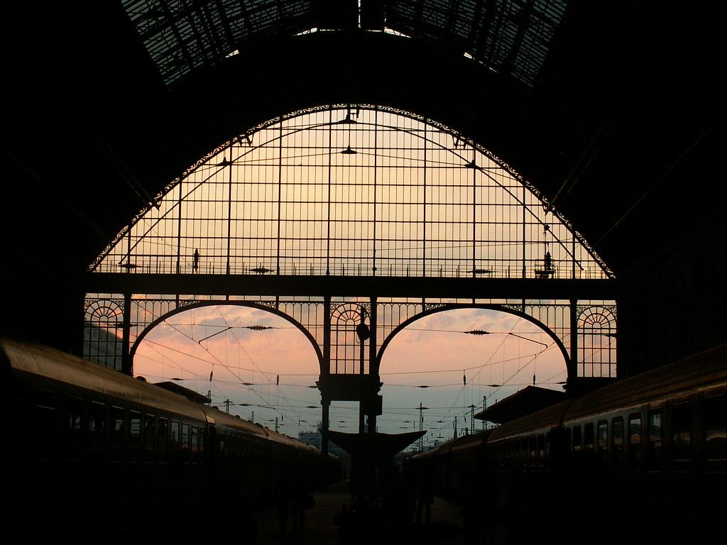 budapest keleti p lyaudvar east main railway station flickr. Black Bedroom Furniture Sets. Home Design Ideas