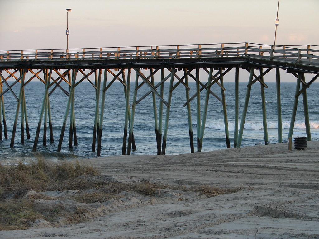 Dsc00111 fishing walking pier kure beach nc daddy63 for Kure beach fishing report