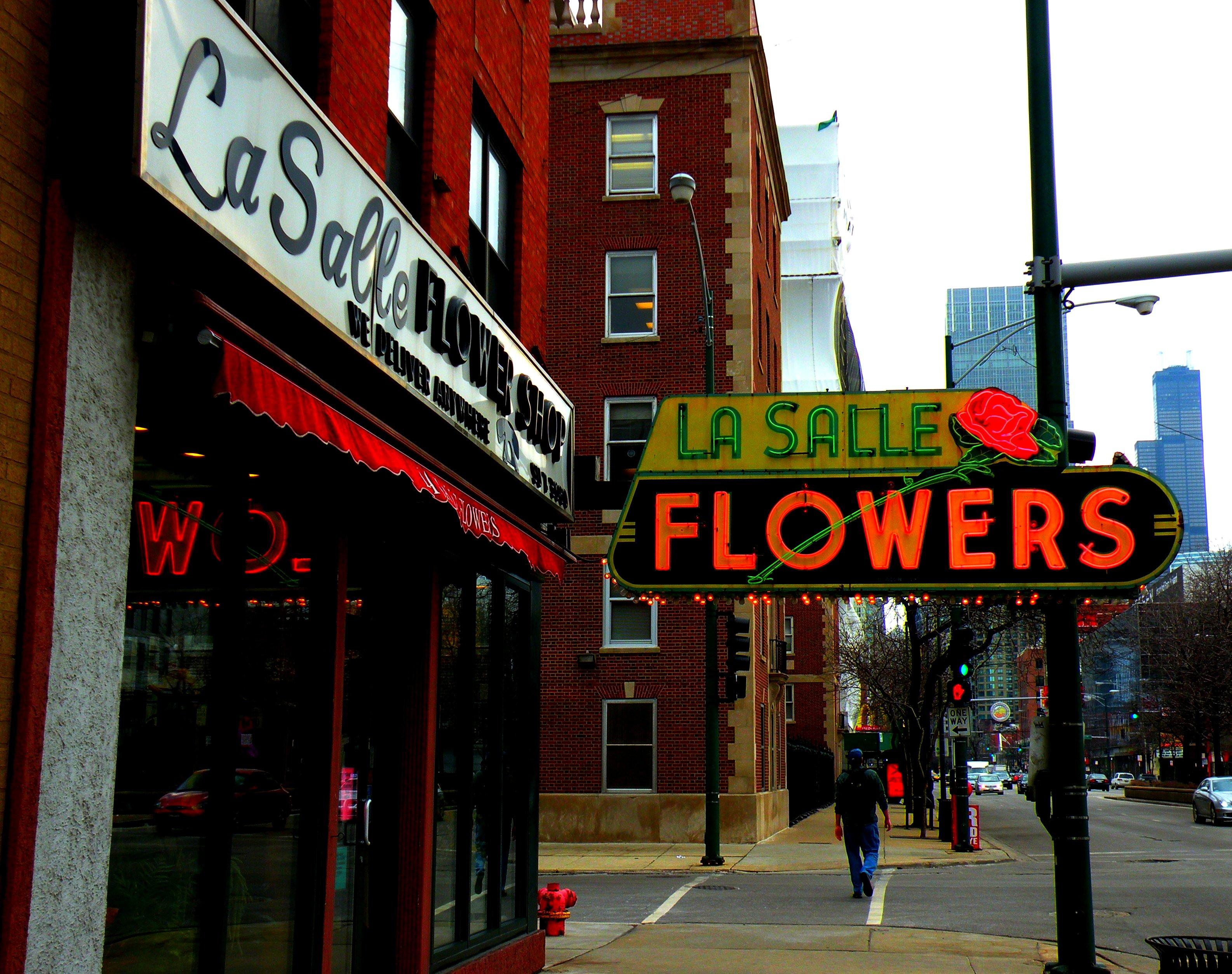 La Salle Flowers - 731 North LaSalle Drive, Chicago, Illinois U.S.A. - March 5, 2009