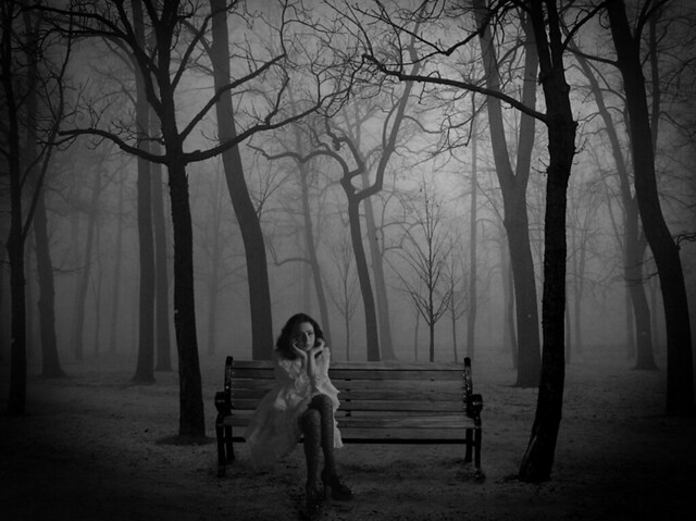 Lonely Black And White lonelyGirl-fixe...