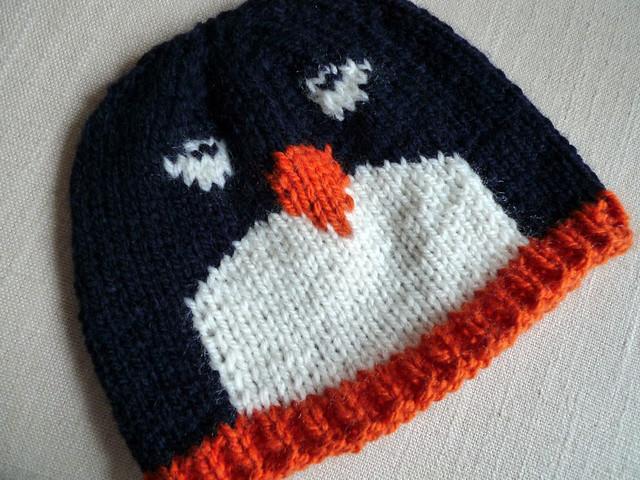 x-mas 08 handmade gifts Pattern: Penguin pal hat Flickr