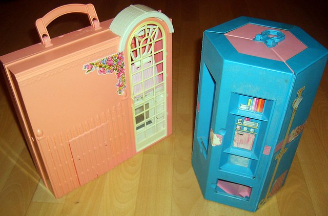 Fold Away House Fold Away Barbie House x2