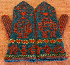 Robot Mittens | by kathrynivy.com