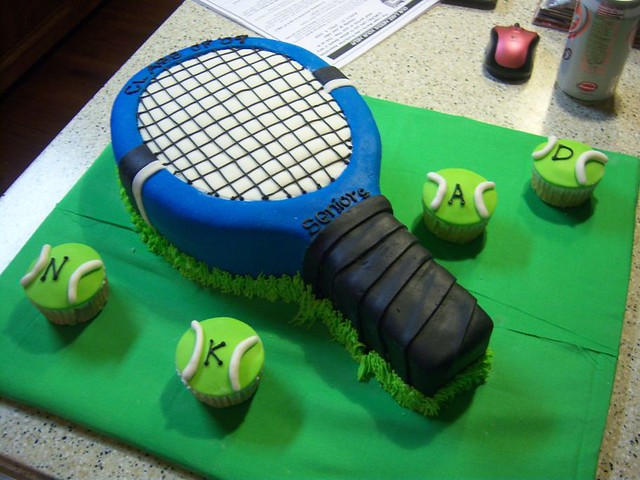 Tennis Racket Cake This Cake Was For My Boyfriend S Senior Flickr
