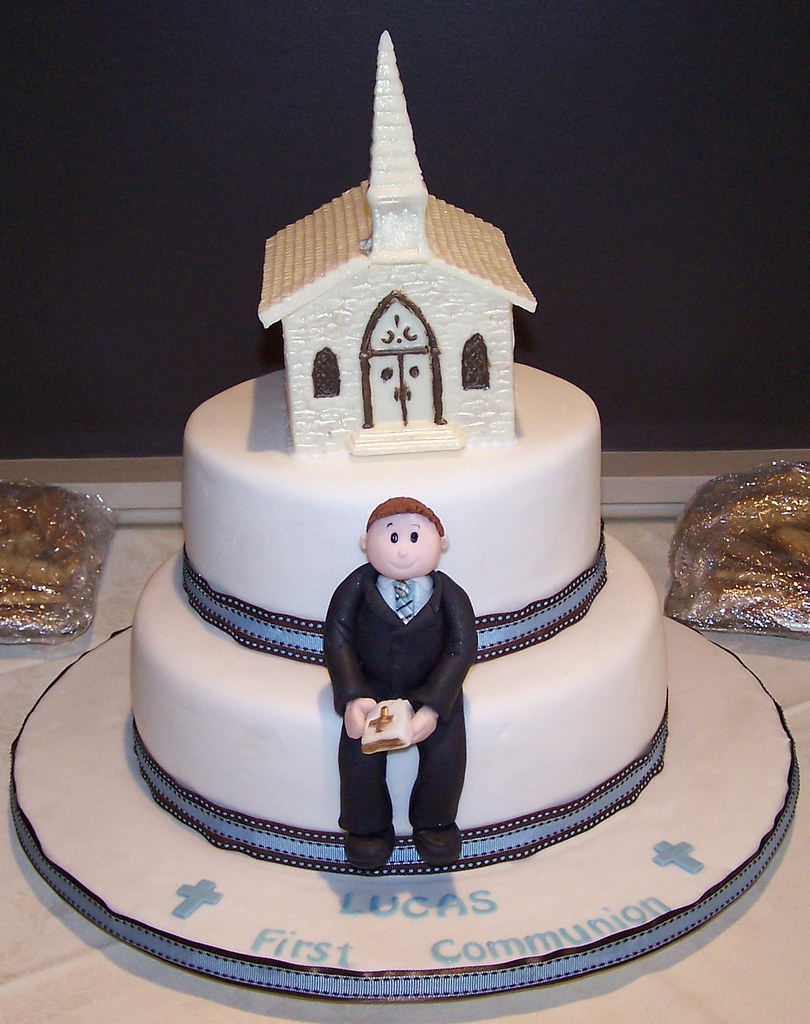 First Communion Cake Cake Covered In Fondant With Hand