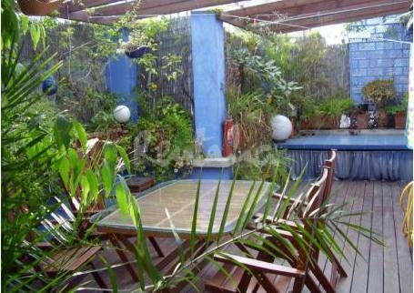Tico c ntrico en barcelona terraza tico c ntrico con - Terrazas con encanto ...