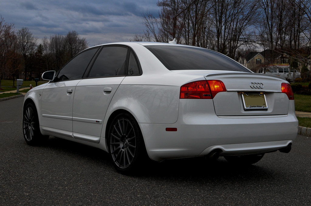 Audi a4 s line b7 messuti flickr for S line exterieurpaket a4