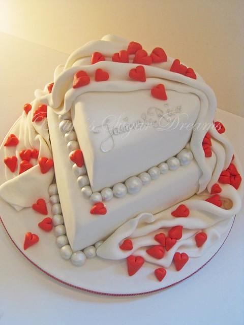 Heart Heart Shape Wedding Cake With Drape And Little Heart Flickr