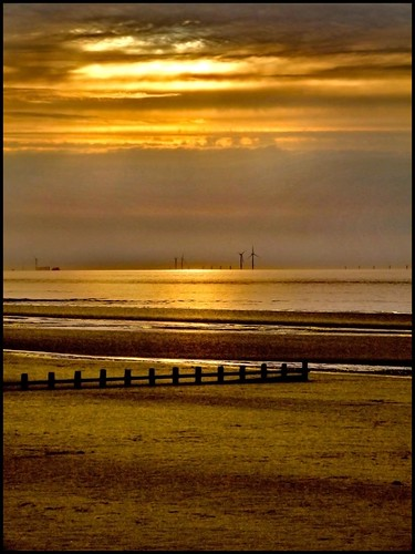 Colwyn Bay Gold | by Peter Juerges