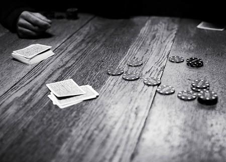 Table poker noir et blanc table en bois jeu de poker - Table bois et noir ...
