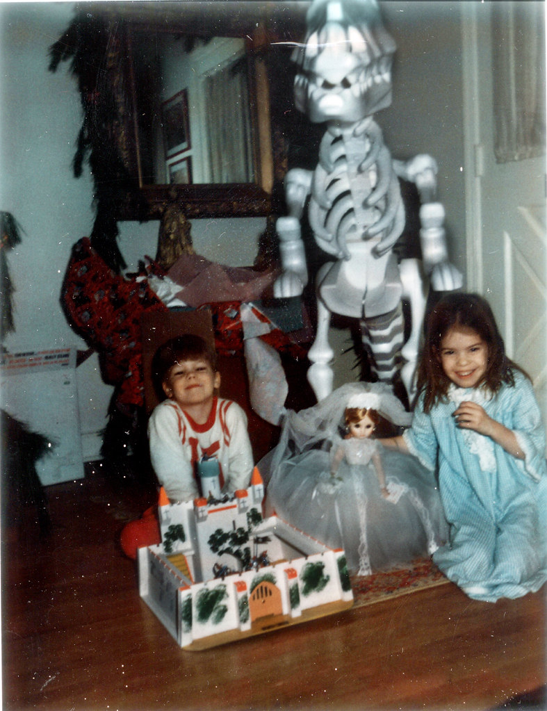 Christmas Morning Dinosaur Castle 1970 | Christmas Morning ...