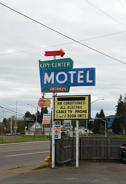 hotels in coast oregon eugene accessible cottage best cottages western grove cascades accessibility motels new and