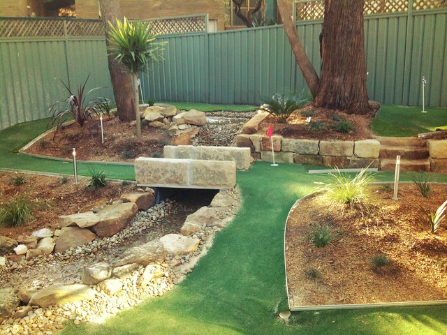 Backyard mini golf flickr photo sharing for Home garden design course