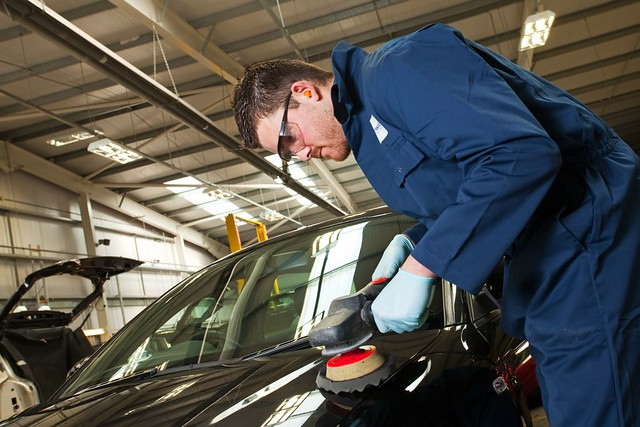 Nationwide Crash Repair Hull Car Crash Repair Mechanic