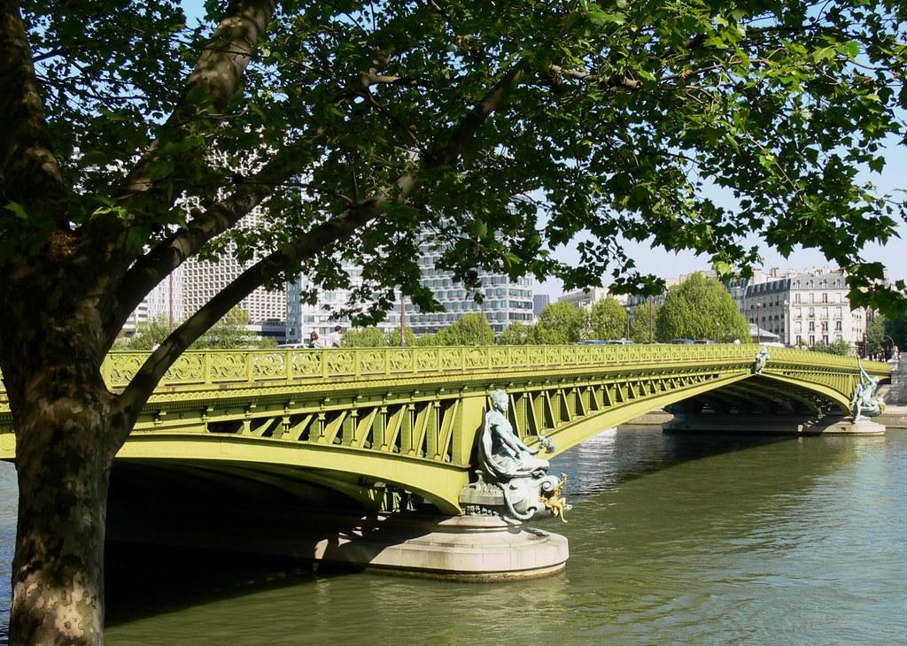 le pont mirabeau pour tous mes amis amoureux de paris flickr. Black Bedroom Furniture Sets. Home Design Ideas