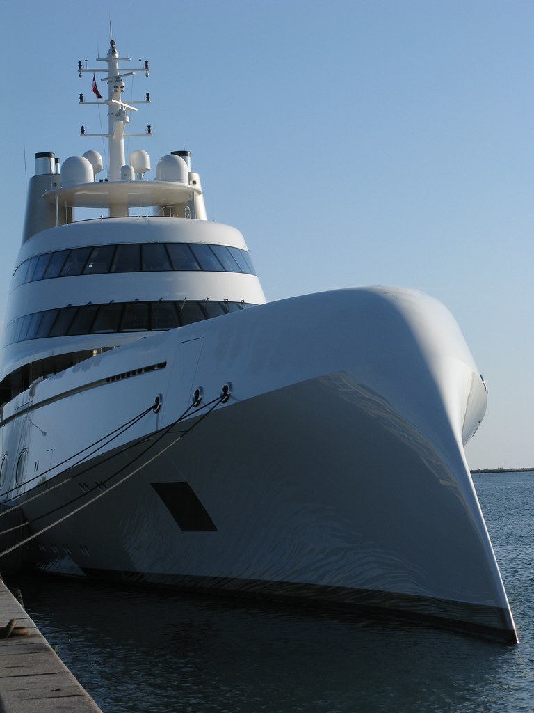 motor yacht a copenhagen harbour c all rights. Black Bedroom Furniture Sets. Home Design Ideas