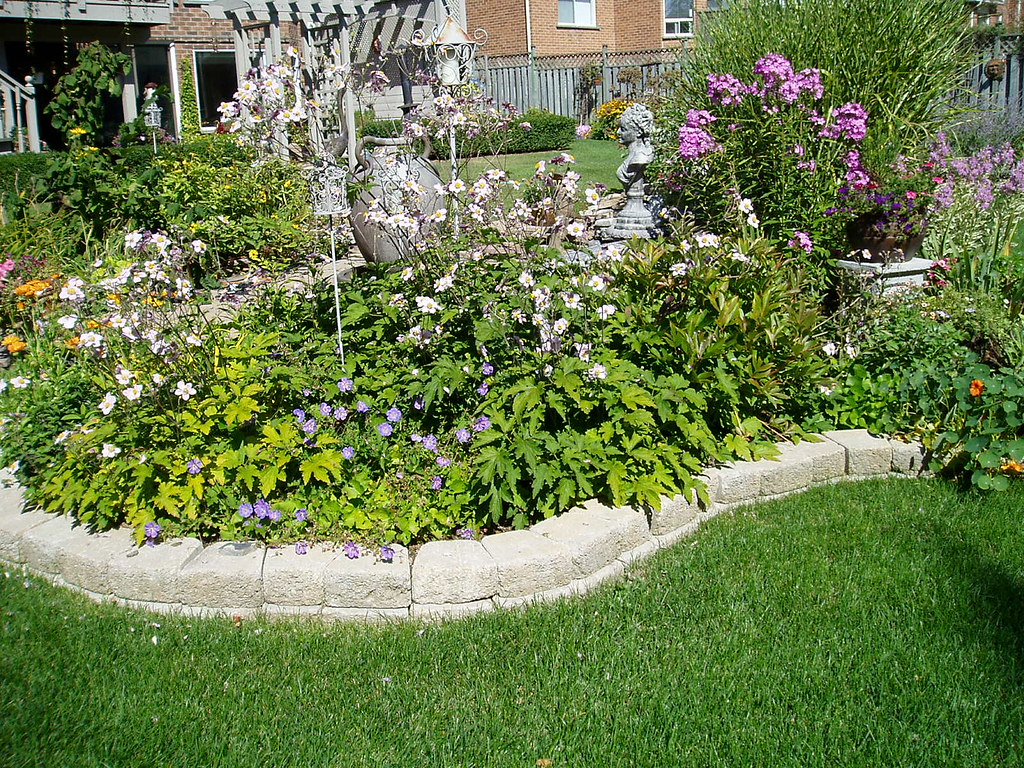 Garden design in richmond hill fun garden design with an for Garden design richmond