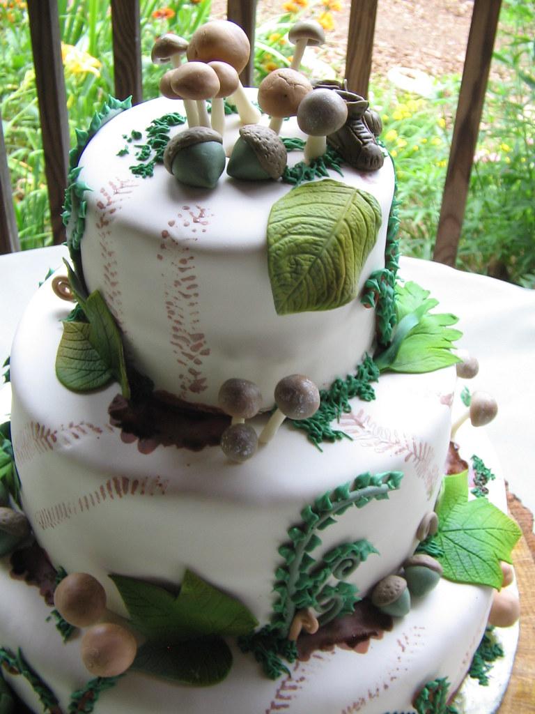 Mud Tire Tracks Woodland Cake | A take...