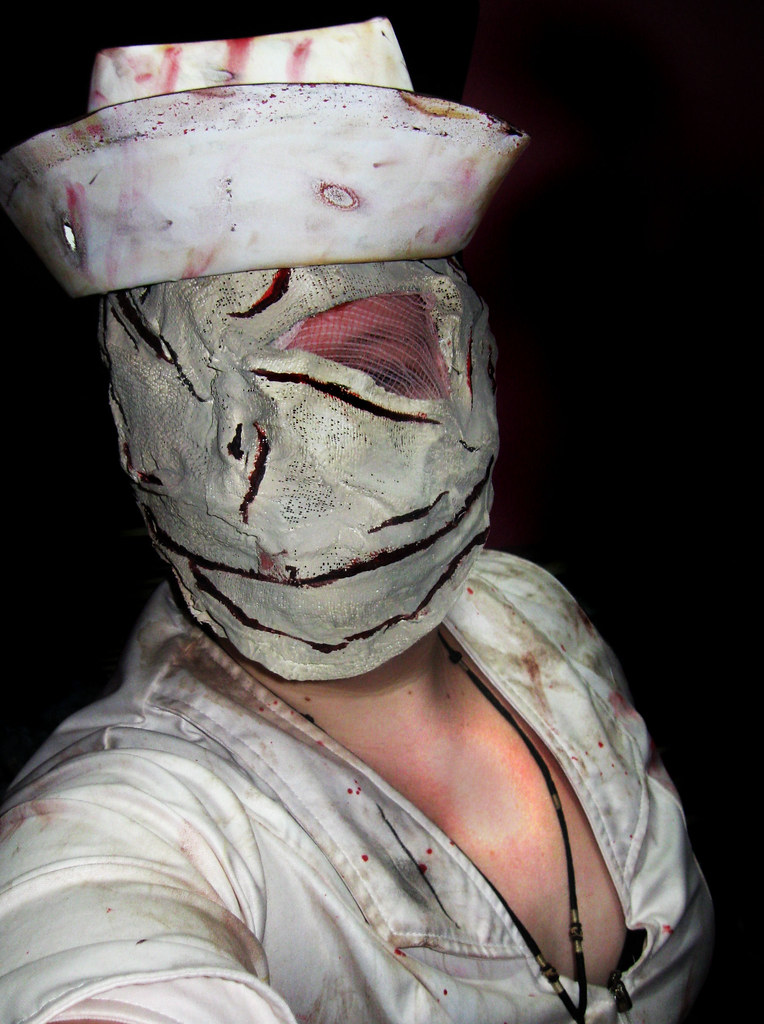 silent hill nurse cosplay  with tutorial