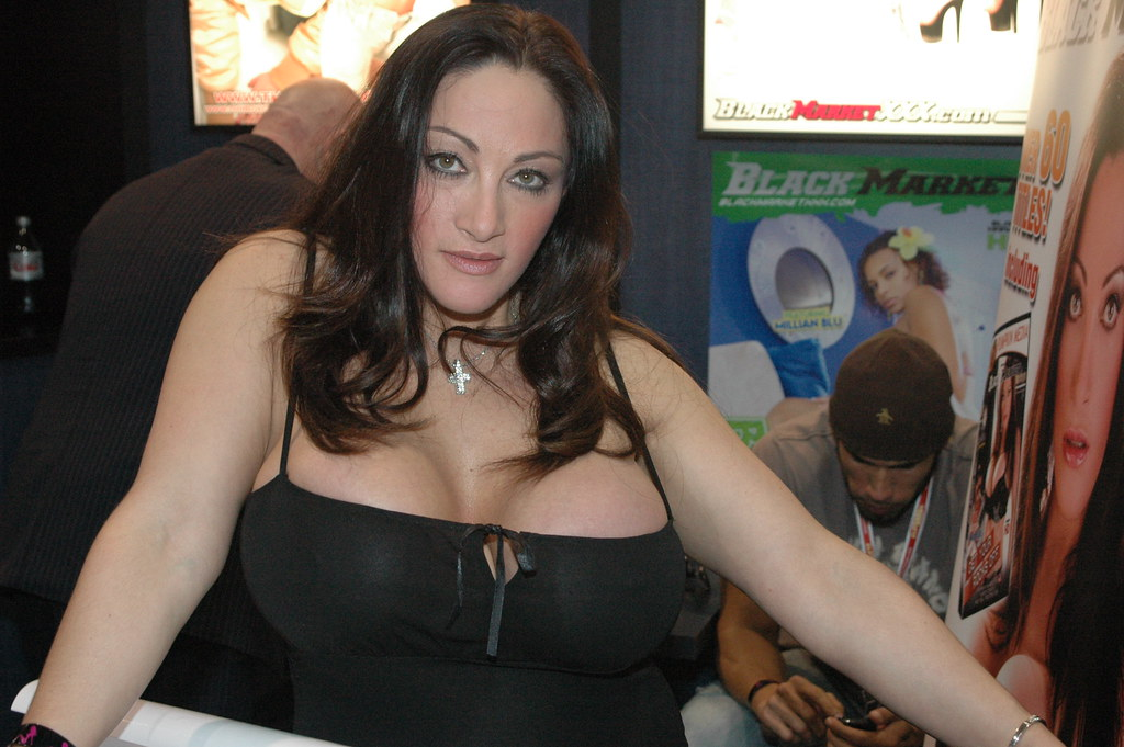 Cathy Barry - Busty Uk Porn Star  The Busty Babe From The -1308