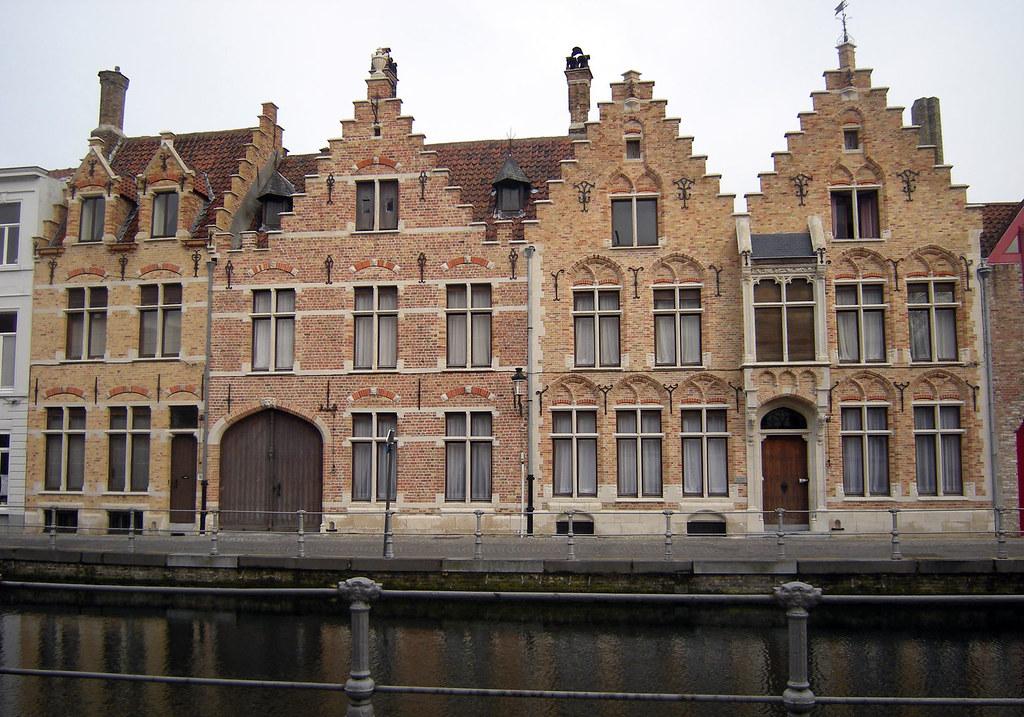 Sint annarei 12 13 brugge de gevels van deze 16de en 17d flickr - Gevels van hedendaagse huizen ...