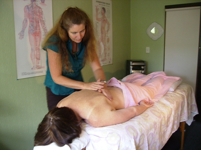 The Importance of Practical Training for Massage Therapists