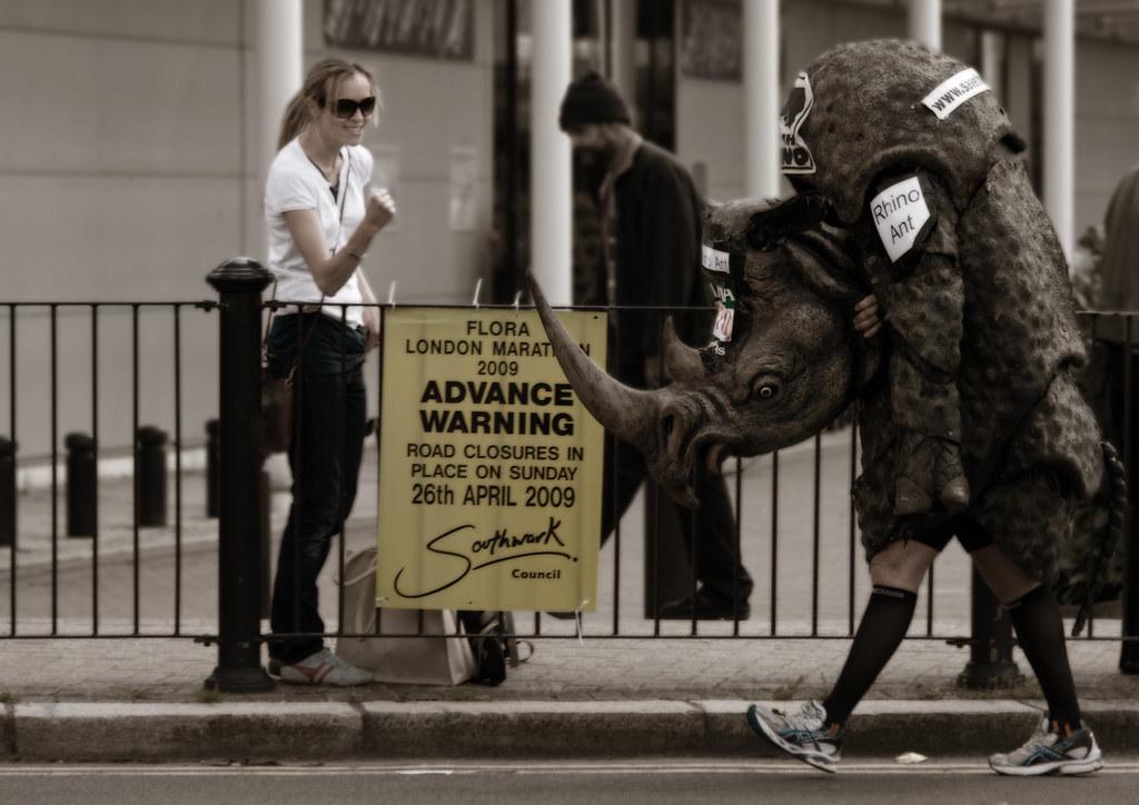 R Rhino Usage Warning london marathon...