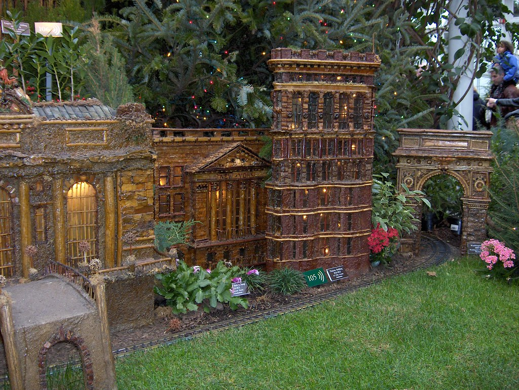 Xmas Train Show Bronx Botanical Gardens Anne Dunne Flickr