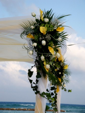 cheap flower centerpieces for weddings