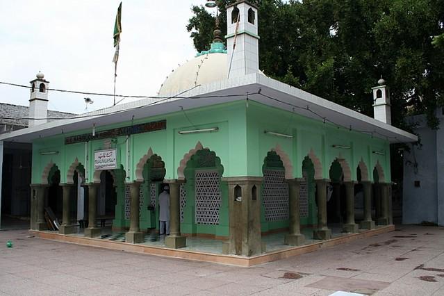 Chirag E Delhi Dargah Hazrat Nasiruddin Mahmud Chirag E