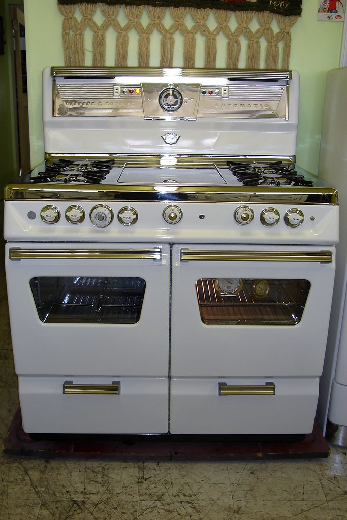Old Fashioned Gas Stove