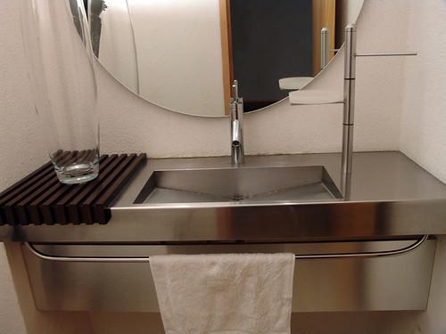 Lavabo en Acero Inoxidable. Diseño y fabricacion de Muebles de baño ...