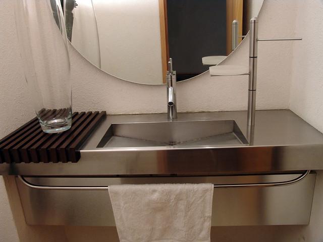Lavabo en acero inoxidable dise o y fabricacion de mueble for Diseno de muebles metalicos pdf
