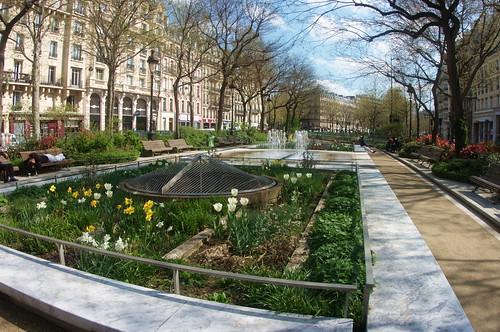 Paris boulevard richard lenoir 1 les jardins by paspog for Espace vert job