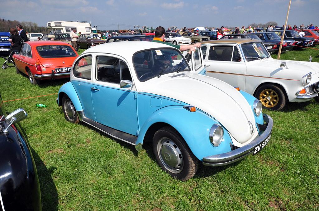Two Tone Volkswagen Beetle Volkswagen Beetle 1300 Two
