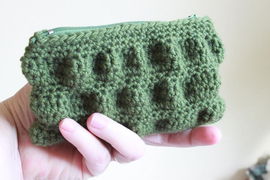 Ruffled Clutch purse A test crochet pattern Buttontree ...
