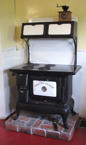"""""""Country Charm"""" stove in our kitchen 