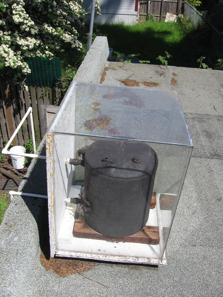 Solar Water Heater Roof Shot Hot Water Heater An Old