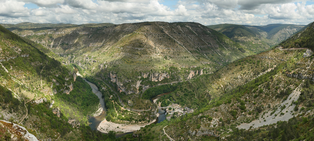 Tarn gorges saint ch ly du tarn france view over the for Trodel mobel