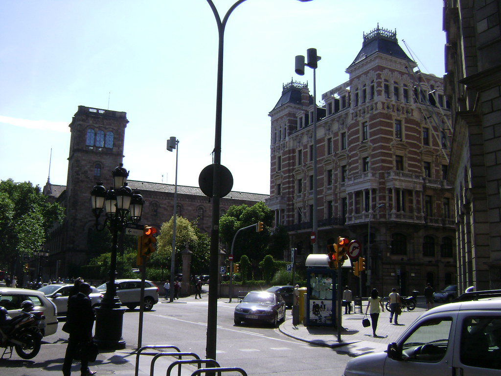 Pla a universitat universitat de barcelona edifici - Placa universitat barcelona ...