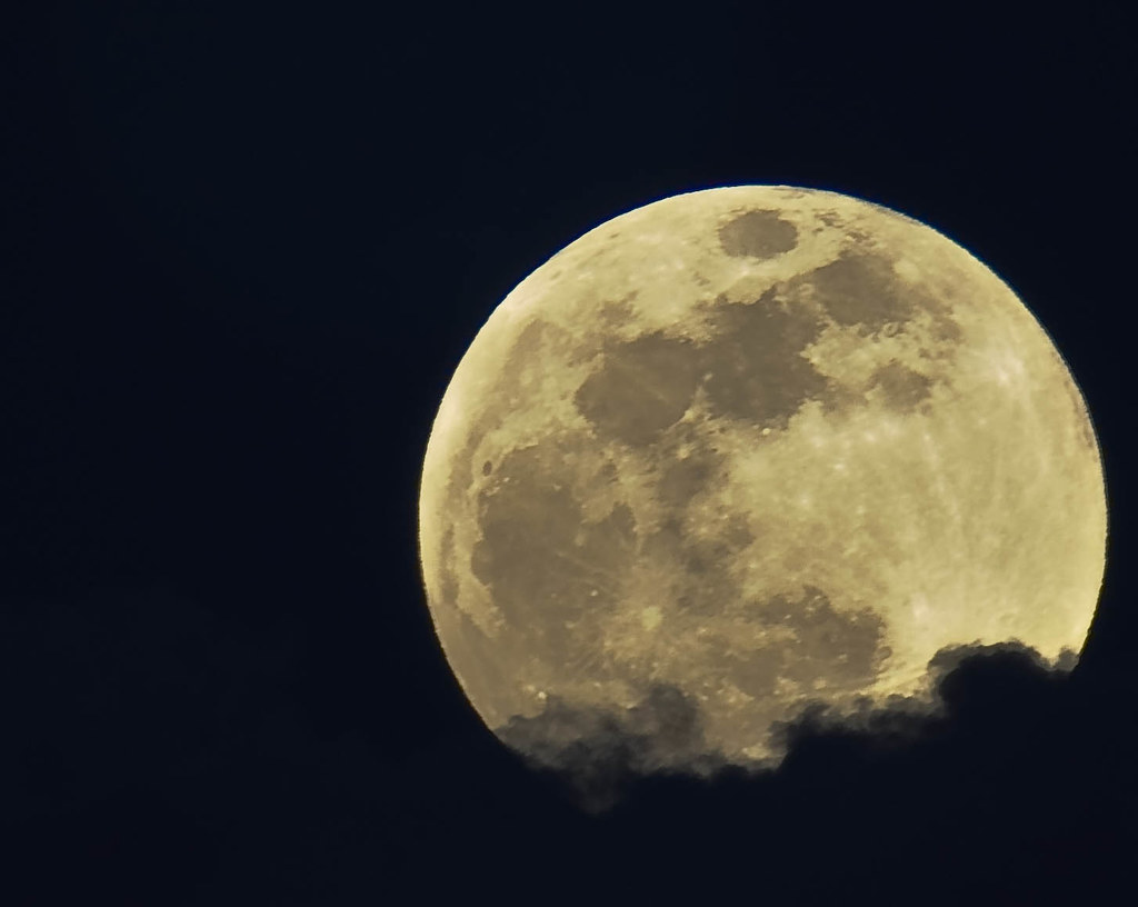 January's Full Moon~ | Fast Facts: January's 1st moon of ...