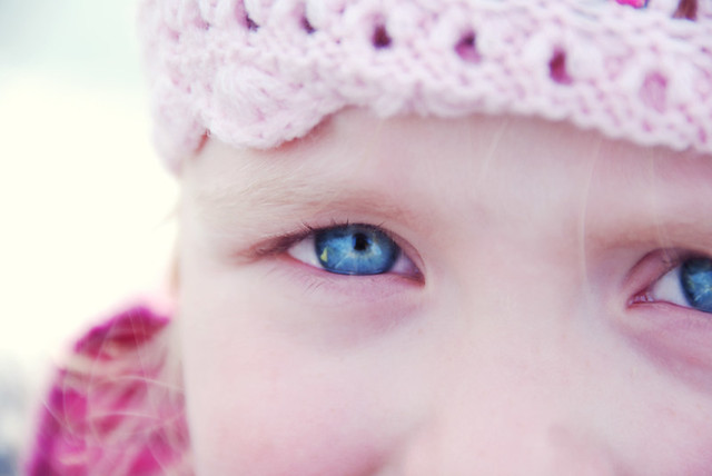 25 366 violet blue eyes today ive spent the day
