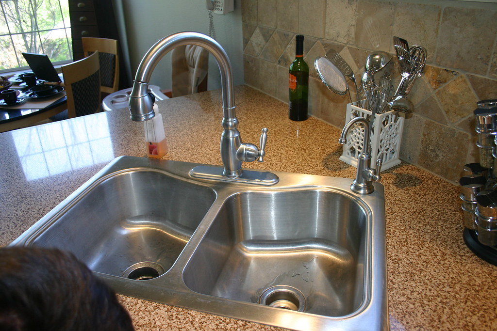 Faucet Kitchen Moen Brantford Oilrubbedbronze